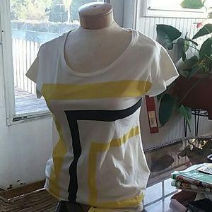 Ladies t-shirt, NWT, size S.
